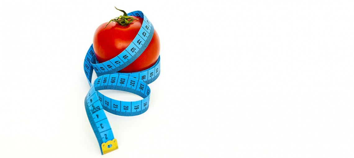 tape and tomatoe